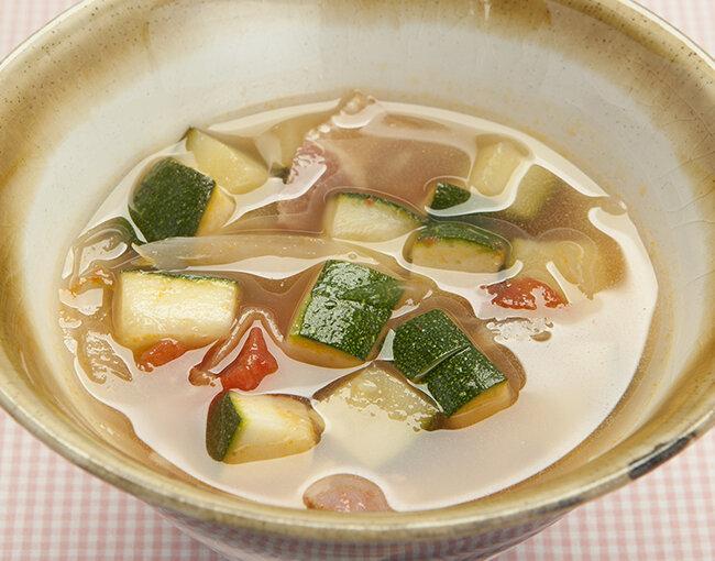 ズッキーニとトマトのスープ