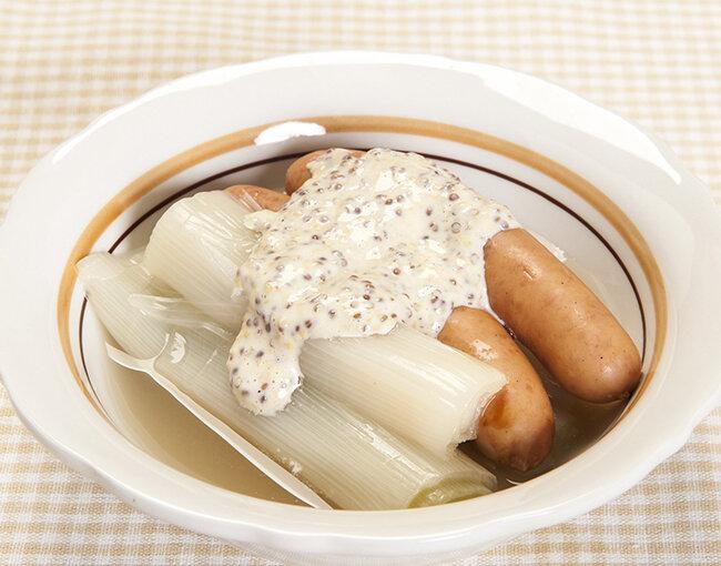 ねぎとソーセージのスープ煮