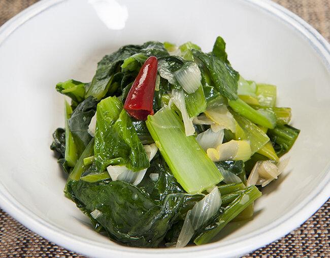 小松菜とねぎのピリ辛炒め