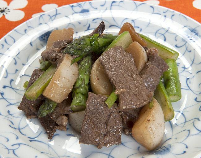 牛肉と季節の野菜のオイスターソース炒め