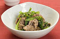 牛肉と小松菜のレモン風味ソテー