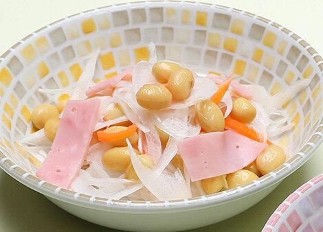 玉ねぎと大豆のサラダ